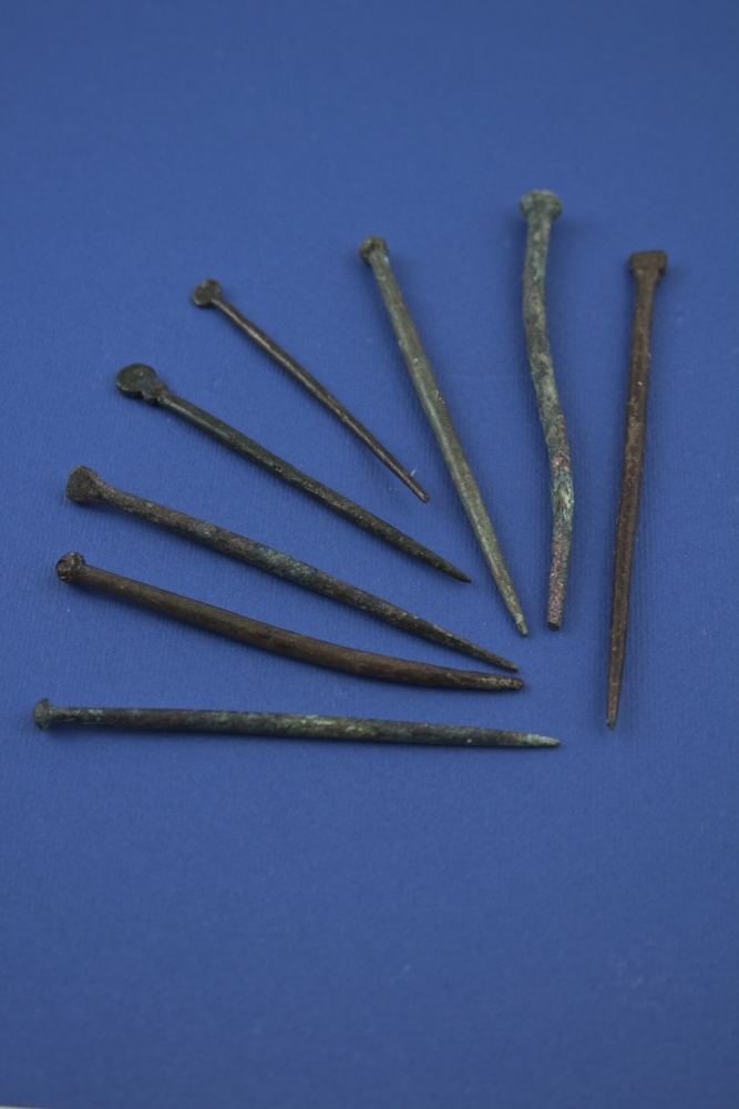 WTAH054a Bronze Stick Pins BZ14